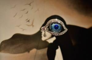 Pandantiv creat de catre Salvador Dali