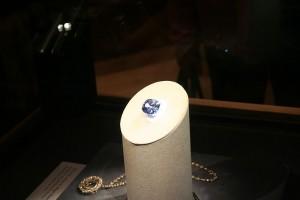 Diamantul HOPE la Muzeul din Washington DC