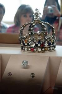 Coroana Franceza si diamantul Regent