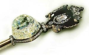Diamantul Orlov montat in sceptrul regal rusesc